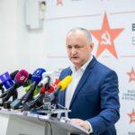 """Igor Grosu: """"Deja e mai bine"""". Doar 72  din 101 deputați sau vaccinat. Dodon așteaptă Sputnik V pentru a se vaccina"""
